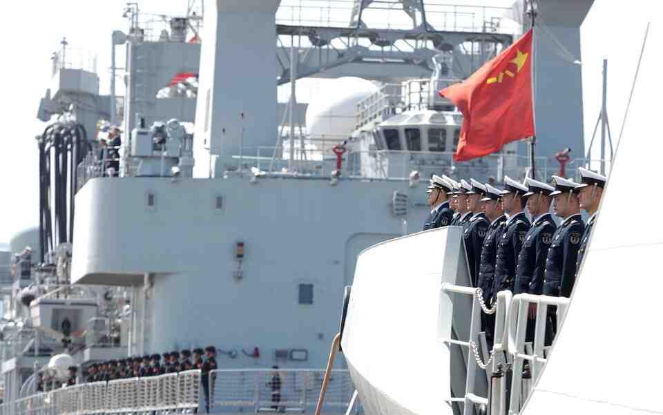 Китай към САЩ: Нямате място в Тайванския проток