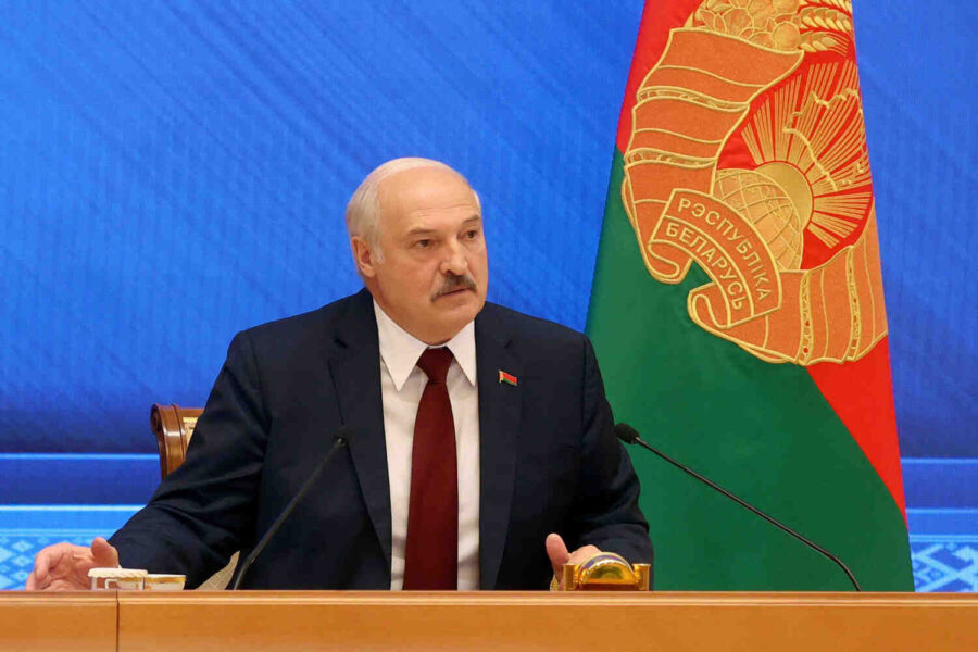 Лукашенко към CNN: Ще приземя всеки самолет, ако Беларус бъде заплашен