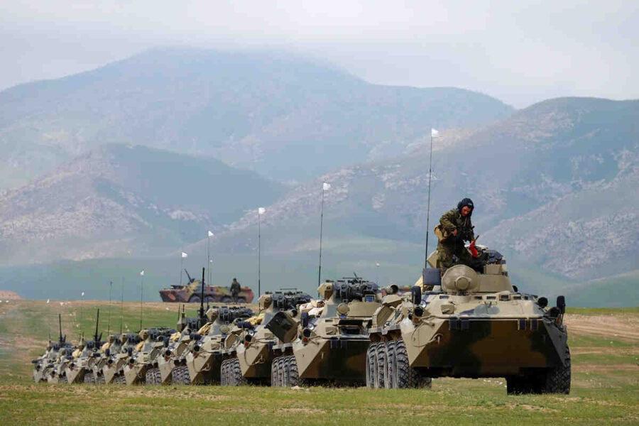 Русия ще проведе четири серии военни учения на границата между Таджикистан и Афганистан