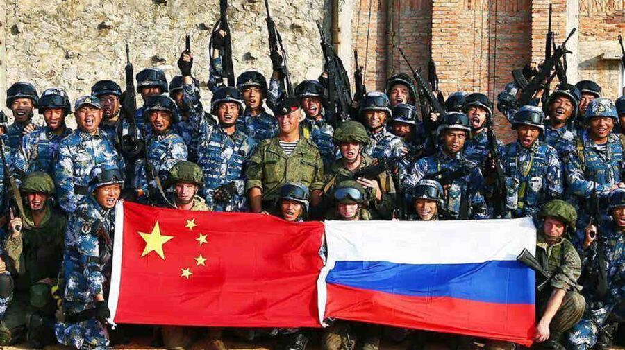 AUKUS превръща в реалност военния съюз между Русия и Китай