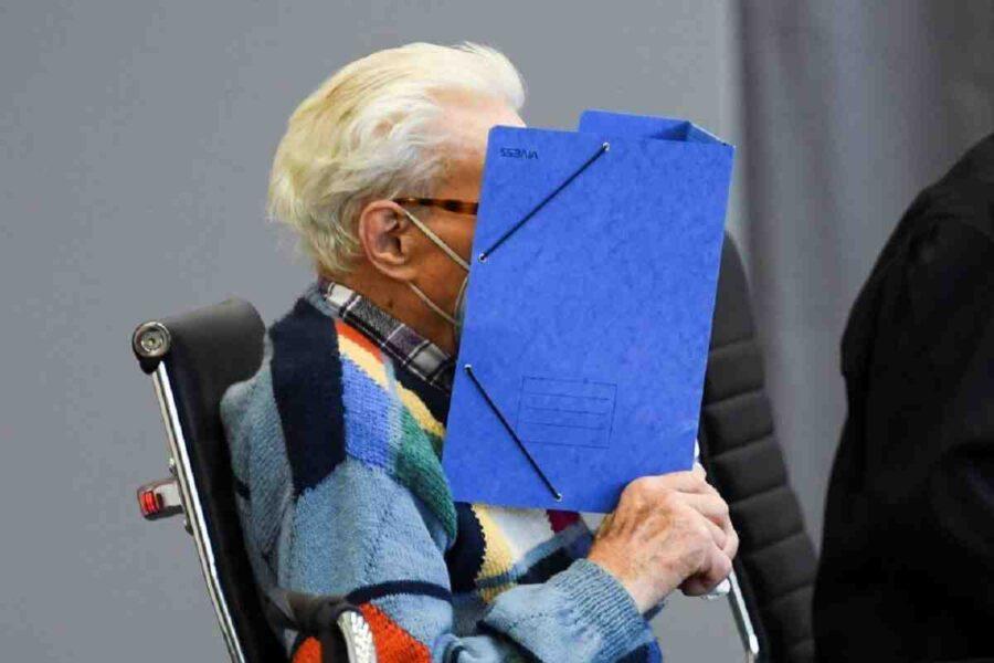 FAZ: В Германия започна процес над 100-годишен охранител в концлагер