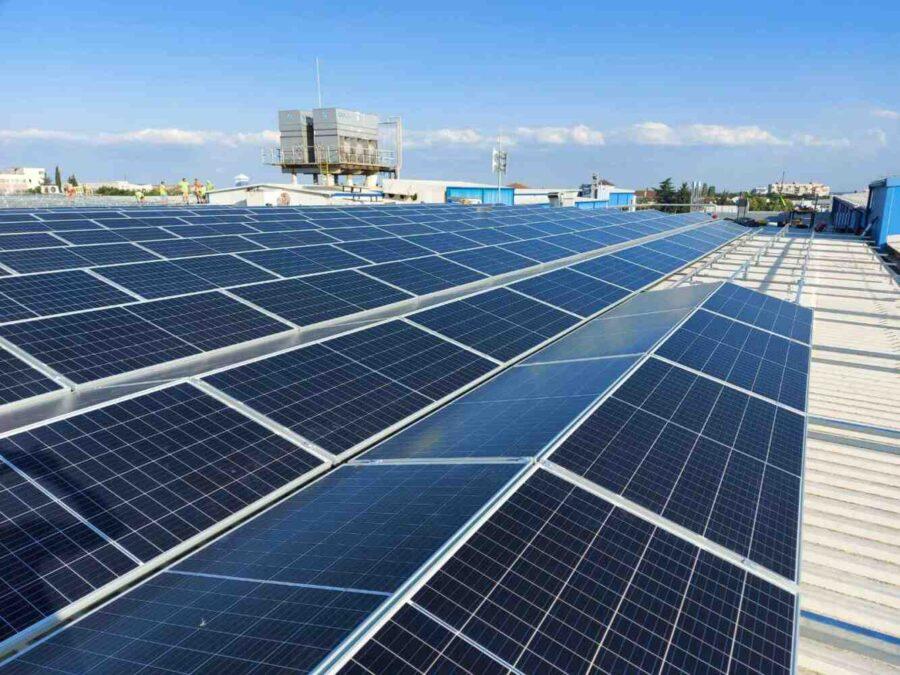Бизнесът се облажи: ББР финансира фотоволтаични централи за бизнеса