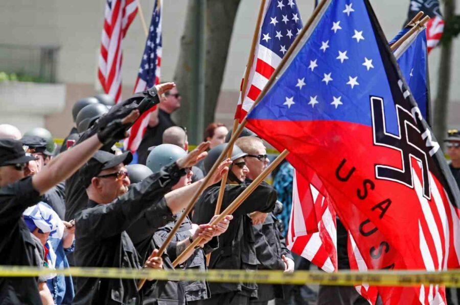 """""""Нацизмът е рожба на Запада. Нима сте виждали някога майката да воюва срещу рожбата си?!"""""""